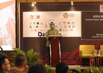 """Airin Rachmi Diany on ASIA MAYORS FORUM """"Future Cities : Shifting Towards 4.0 Mega Trends"""" by Citiasia inc."""